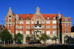 1280px-Katowice - Silesian Museum 01