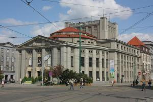1280px-Katowice - Silesian Theatre 01